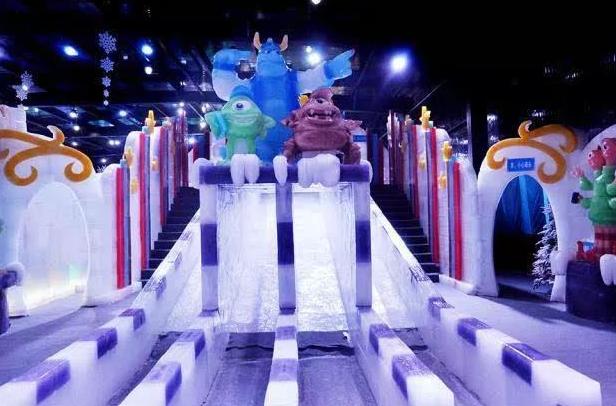龙宫大白鲸极地海洋馆 欢乐大世界 冰雕馆 圣诞嘉年华